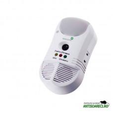 Aparat cu ultrasunete, unde electromagnetice si ionizator impotriva daunatorilor - Pestmaster 5in1